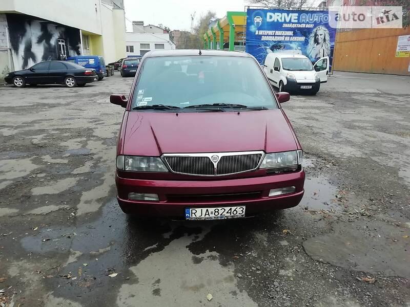 Lancia Zeta 2000 в Черновцах