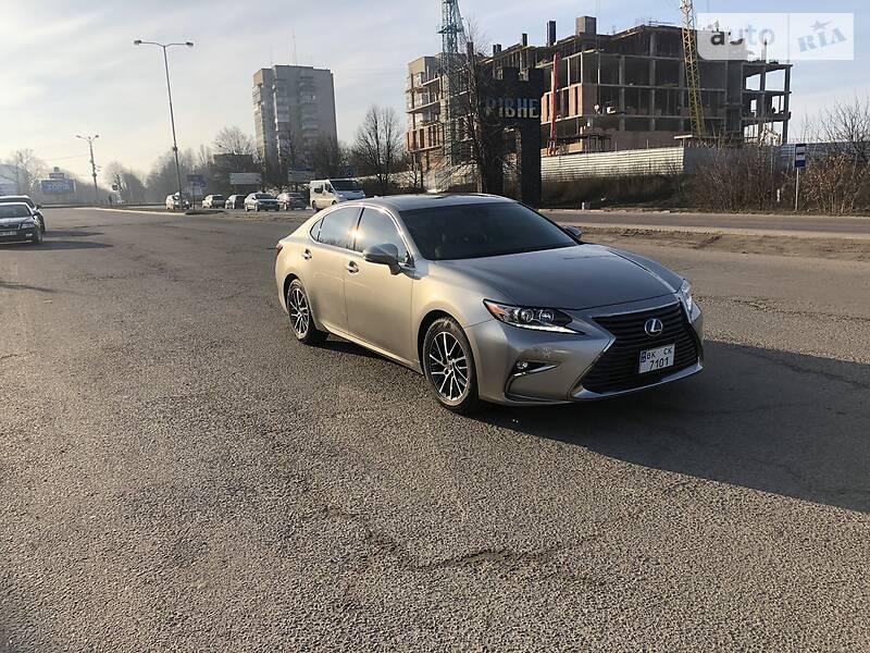 Lexus ES 350 2017 в Ровно