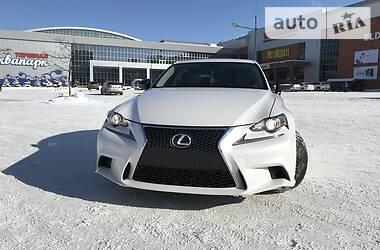 Lexus IS 200t 2016 в Киеве