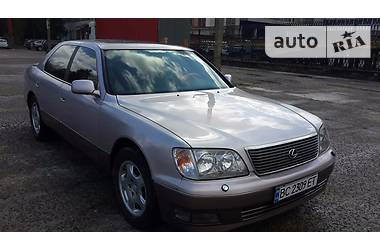 Lexus LS 400 1999