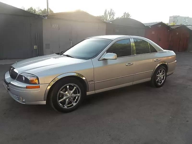 Lincoln Continental 2000 в Умані