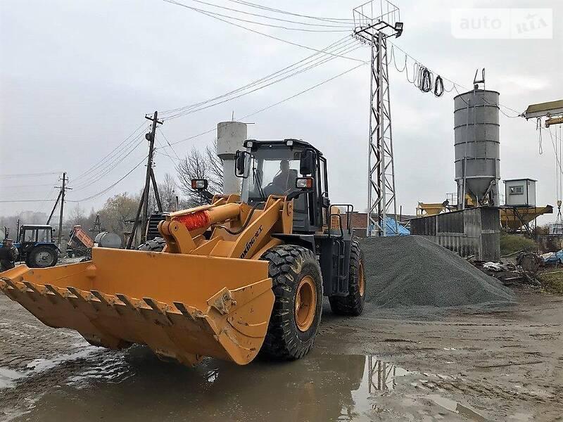 Фронтальні навантажувачі Lonking ZL 2019 в Києві