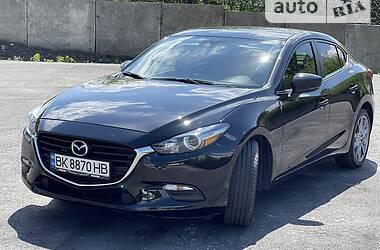 Седан Mazda 3 2018 в Києві