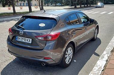 Хетчбек Mazda 3 2016 в Чорноморську