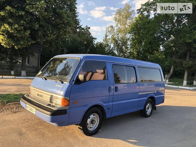 Mazda E2200 1998 в Киеве