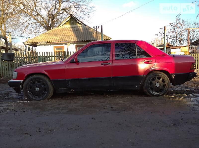 Mercedes-Benz 190 1985 в Крыжополе