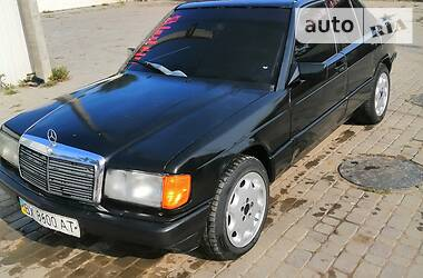 Седан Mercedes-Benz 190 1990 в Хотине