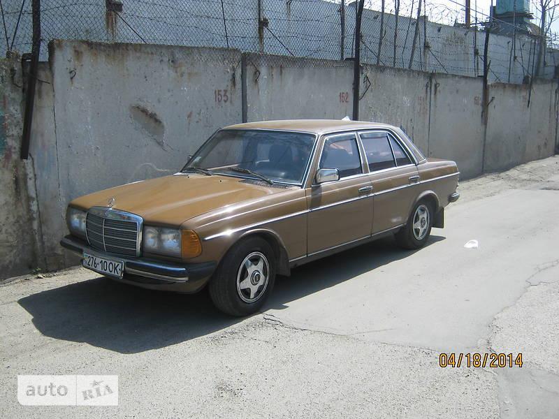 Mercedes-Benz 200 1978 в Одессе