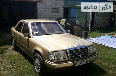 Mercedes-Benz 200 1985 в Полтаве