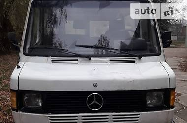 Mercedes-Benz 207 пасс. 1989 в Черновцах