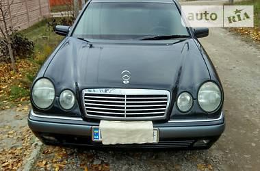Mercedes-Benz 210 1998 в Кропивницком