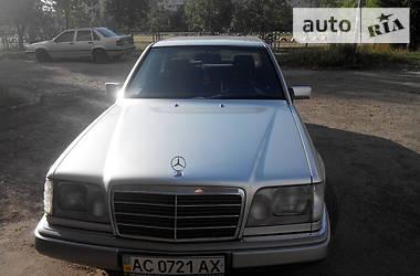 Mercedes-Benz 220 1994 в Луцке