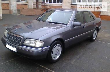 Mercedes-Benz 220 1995 в Хмельницком