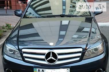 Mercedes-Benz 220 2008 в Киеве