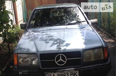 Mercedes-Benz 230 1985 в Кропивницком