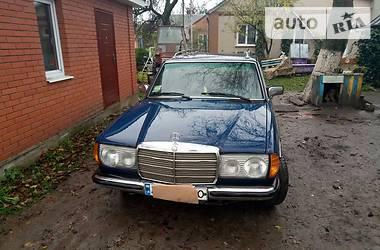 Mercedes-Benz 240 1984 в Луцке