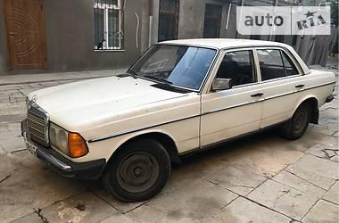 Mercedes-Benz 240 1983 в Одессе