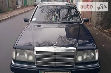 Mercedes-Benz 260 1990 в Киеве