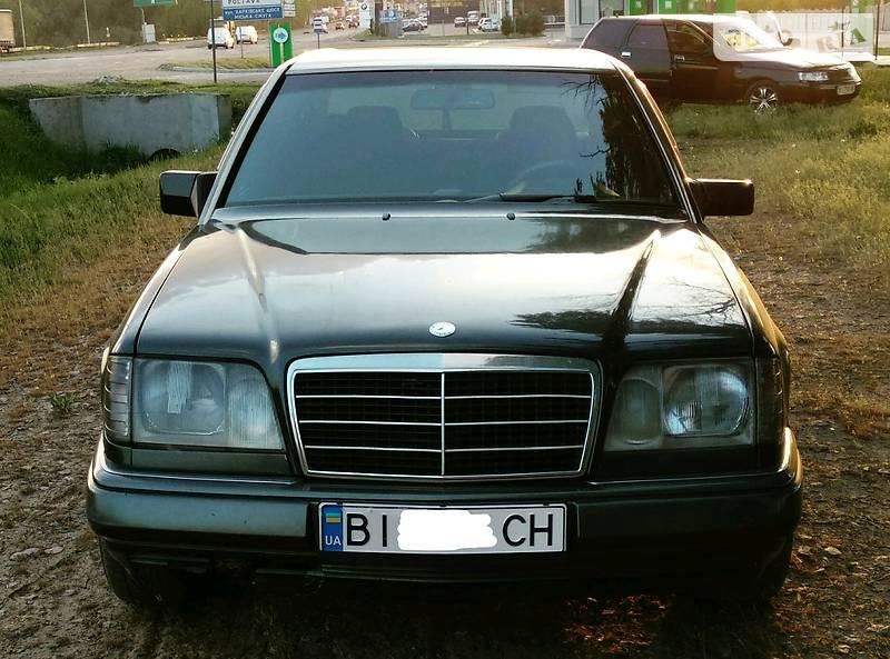 Mercedes-Benz 260 1992 в Полтаве
