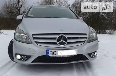 Mercedes-Benz B 180 2013