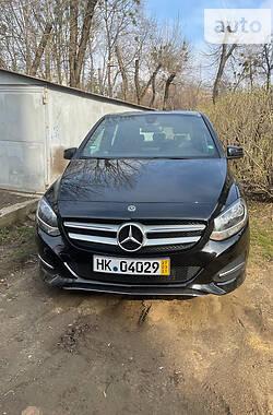 Mercedes-Benz B 180 2017 в Харькове