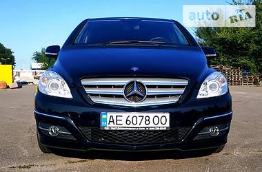 Хэтчбек Mercedes-Benz B 180 2009 в Днепре