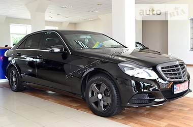 Mercedes-Benz E 200 TSI TURBO 7G-TRONIC