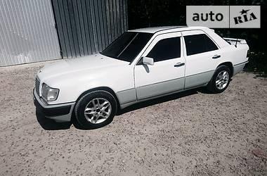 Mercedes-Benz E 200 1993 в Львове