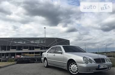 Mercedes-Benz E 200 2000