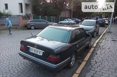 Mercedes-Benz E 200 1994 в Ужгороде