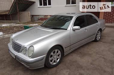 Mercedes-Benz E 200 2001 в Смеле