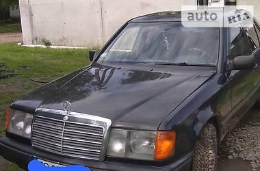 Mercedes-Benz E 200 1988 в Варве