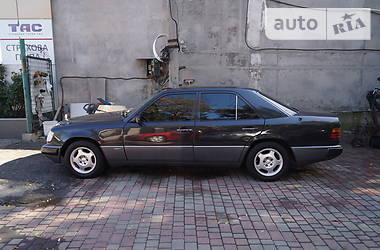 Mercedes-Benz E 200 1992 в Одессе