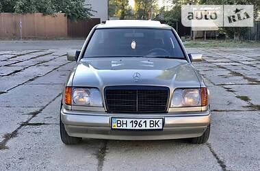 Mercedes-Benz E 200 1987 в Одессе