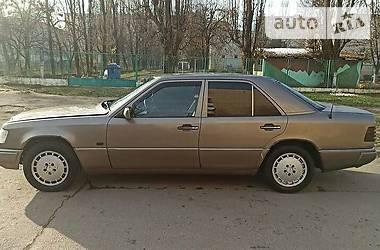 Mercedes-Benz E 200 1989 в Ужгороде