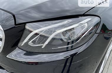 Седан Mercedes-Benz E 200 2017 в Мукачевому