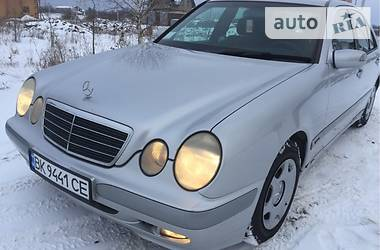 Mercedes-Benz E 220 2000 в Березному
