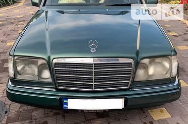 Mercedes-Benz E 220 1995 в Львове