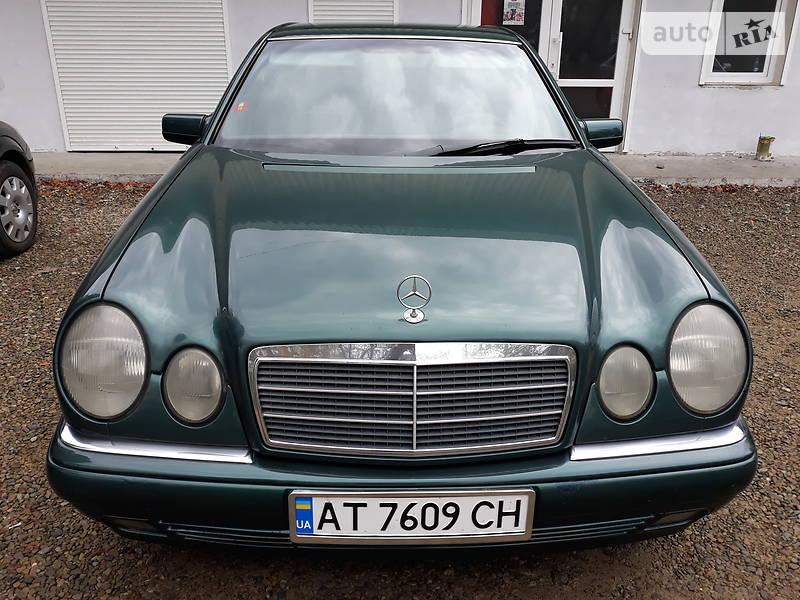 Mercedes-Benz E 220 1998 в Калуше