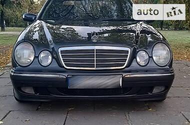 Mercedes-Benz E 220 2001 в Запорожье