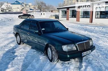 Mercedes-Benz E 220 1995 в Ровно