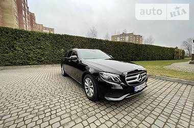 Mercedes-Benz E 220 2016 в Луцке