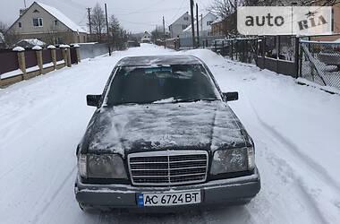 Mercedes-Benz E 250 1995 в Луцке