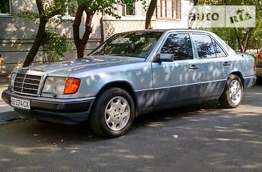 Mercedes-Benz E 260 1990 в Харькове