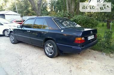 Mercedes-Benz E 260 1987