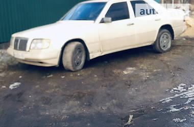 Mercedes-Benz E 260 1986 в Торецке