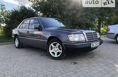 Седан Mercedes-Benz E 260 1991 в Каменец-Подольском