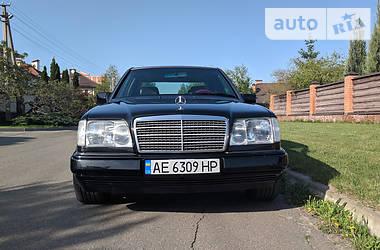 Mercedes-Benz E 280 1993 в Киеве