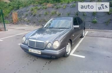 Mercedes-Benz E 300 1999 в Киеве