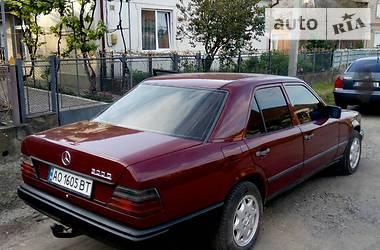 Mercedes-Benz E 300 1988 в Ужгороде